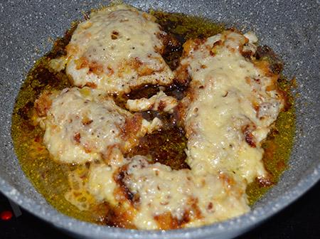 Отбивная куриная грудка с сыром
