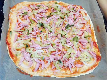 Простая пицца без дрожжей