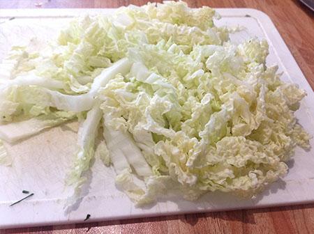 Легкий салат из пекинской капусты